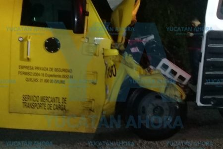 Fallece custodio de valores tras accidente en la autopista Mérida-Cancún