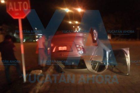Chofer de Uber protagoniza aparatoso accidente en Altabrisa