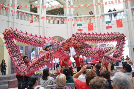 Soplan aires orientales en el Mérida Fest