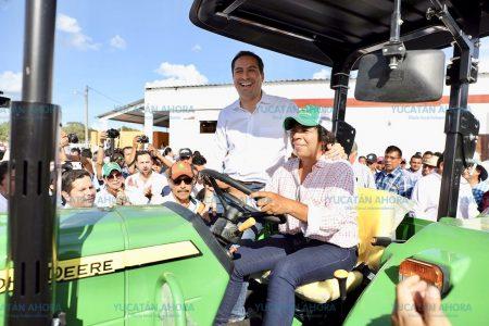 En mi Gobierno vamos a hacer a un lado los colores para repartir apoyos: Vila