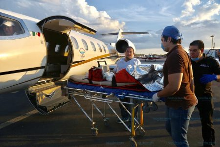 Trasladan en ambulancia aérea a niño yucateco a un hospital de Estados Unidos