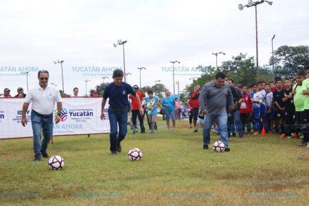 Inauguran Copa Reyes de Futbol en el sur de Mérida