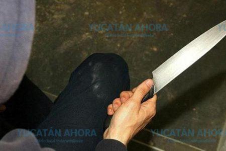 A cuchillazos asalta a una mujer en Chuburná y le quita 500 pesos
