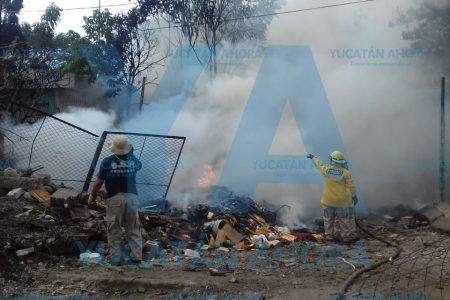 Se incendia predio baldío que era utilizado como basurero
