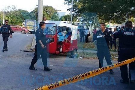 Muere pasajera de mototaxi embestido por un autobús tras maniobra prohibida