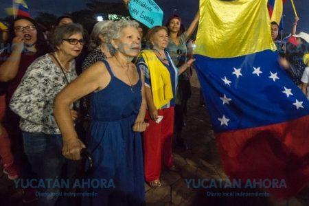 Comunidad venezolana en Mérida apoya a nuevo presidente