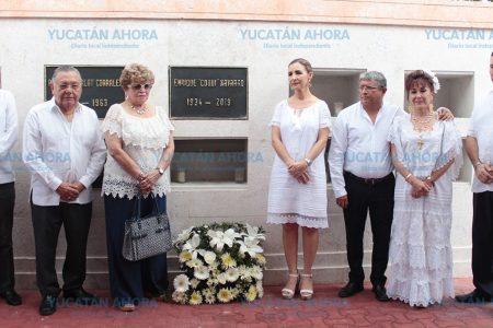 Depositan cenizas de 'Coqui' Navarro en el Monumento a los Creadores