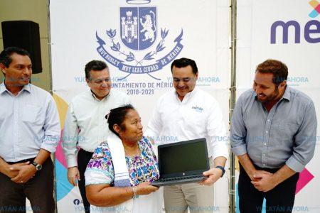 Digitalizan a comisarios municipales de Mérida