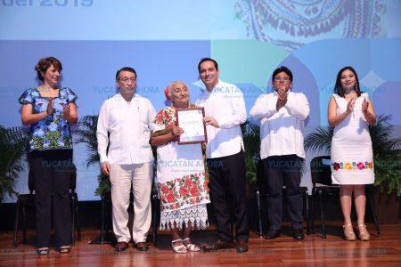 Himno en maya será oficial también en actos protocolarios