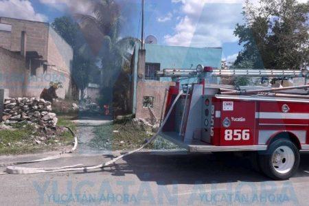 Pierde su motocicleta: agarró y se incendió solita