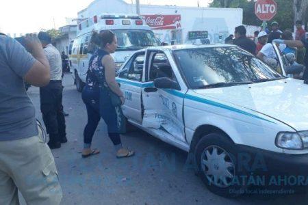 Mujer ignora el alto, choca y deja tres lesionadas en Tizimín