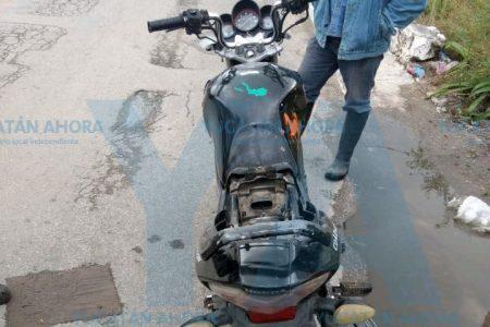 Imprudente abre su puerta y se impacta motociclista