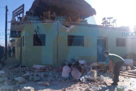 Trágico derrumbe en un restaurante del puerto de Progreso