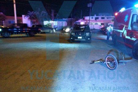 Atropella a una pareja de ciclistas adolescentes