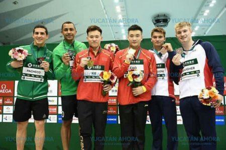 Rommel y Jahir ganan medalla de plata en China