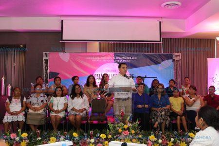 Presenta el PAN programa de capacitación para mujeres
