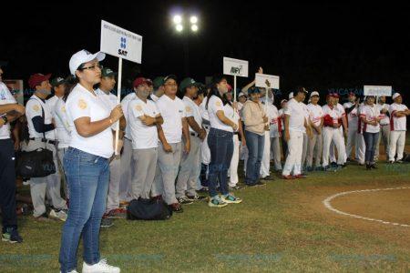 Arranca cuadrangular de softbol por los 50 años del Colegio de Contadores
