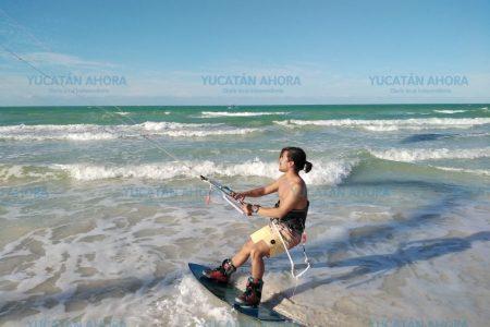 Arranca Torneo de KiteSurf en El Cuyo