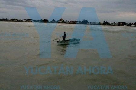 Rescatan a un pescador a la deriva en Progreso
