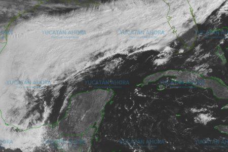 Efectos del frente frío 41, desde el mediodía en la costa de Yucatán
