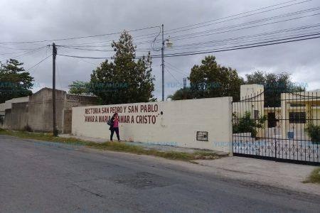 Le sale 'dueño' a un templo católico en el oriente de Mérida