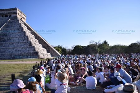 Buscan lugar para la estación del Tren Maya en Chichén Itzá