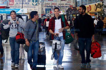 En Semana Santa estudiantes y maestros viajan con descuento
