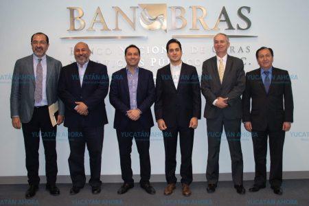Mauricio Vila estrecha lazos con la Federación