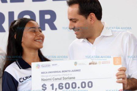 Ningún joven se quedará sin estudiar por no tener dinero: Mauricio Vila