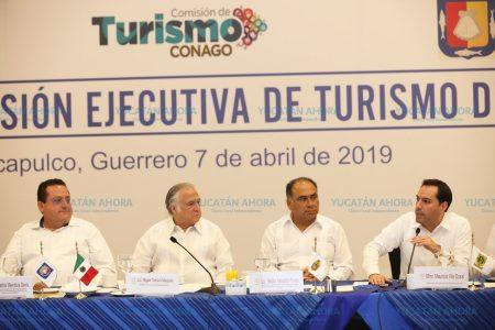 Mauricio Vila, presente en inauguración del Tianguis Turístico Acapulco 2019
