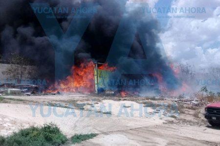 Se quema bodega de chapopote en Tahdzibichén