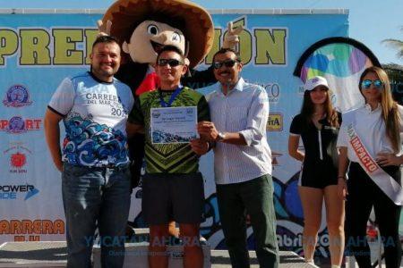 Rubén López Zeferino gana la Carrera del Mar 2019
