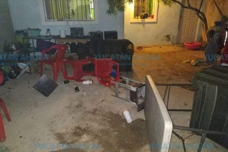Sujetos protagonizan pleito y se enfrentan a policías en Kanasín