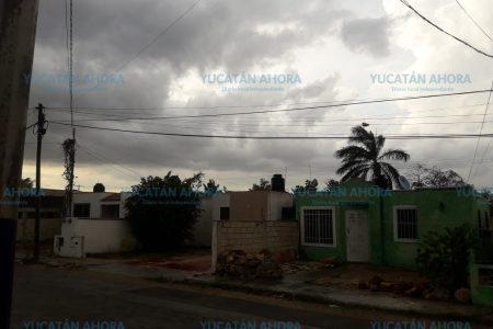 Inesperada lluvia en medio del intenso calor en Mérida