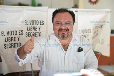 Torres Rivas anuncia su triunfo en la elección interna del PRI