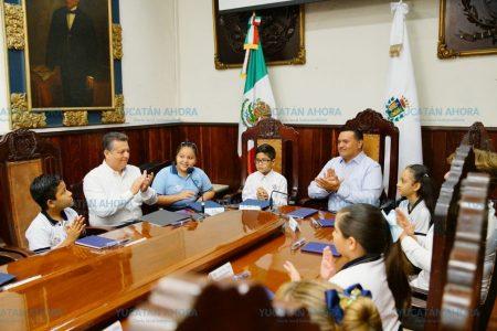 Pequeños regidores de Mérida aprueban creación del 'Club del Diálogo'