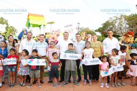 Renán Barrera y ciudadanos inauguran parque en la Ávila Camacho