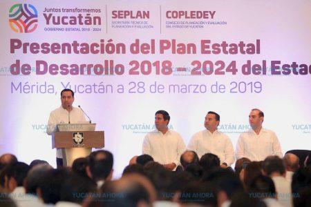 Traducen al maya el Plan Estatal de Desarrollo de Yucatán