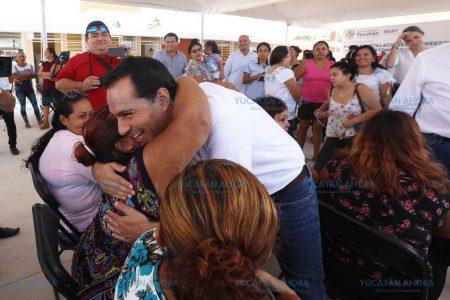 Mauricio Vila inaugura un nuevo jardín de niños en Progreso