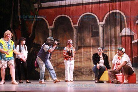 Una gran noche de Teatro Regional en el 'Peón Contreras'