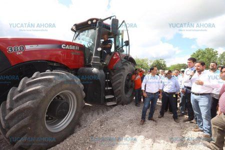 Mauricio Vila pone en marcha el programa 'Veterinario en tu rancho'