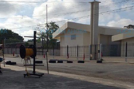 Presionada, la CFE repara falla en la colonia Salvador Alvarado Oriente
