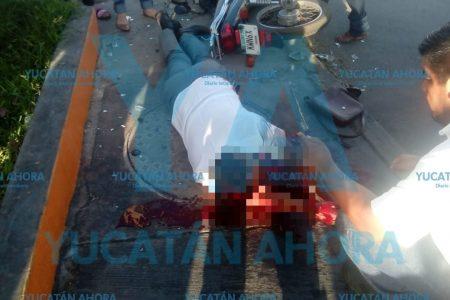 Grave motociclista chocado por una camioneta que huyó