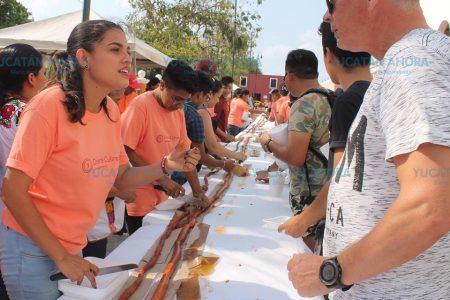 Preparan en Valladolid la longaniza más larga de Yucatán