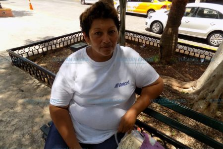 'Poderosa' maestra le arruina la vida a meridana sin casa
