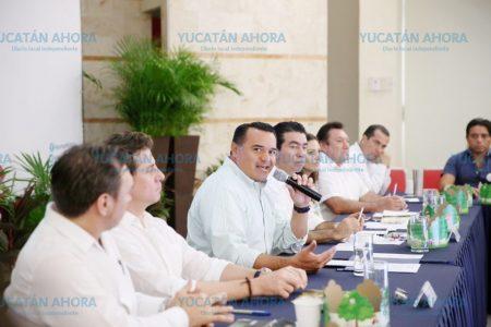 El alcalde Renán Barrera anuncia la siembra de 10 mil árboles