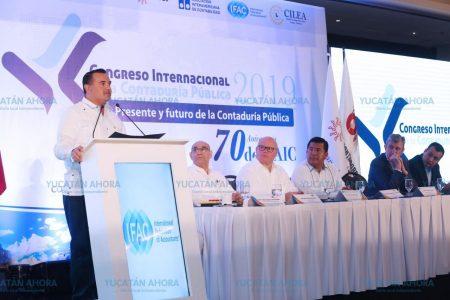 Inauguran en Mérida Congreso Internacional de la Contaduría Pública