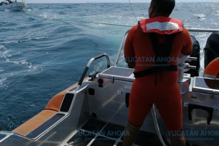 Pescadores quedan a la deriva por no saber manejar su lancha