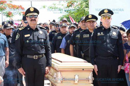 Despiden con honores a policía fallecido en accidente