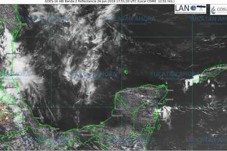 Onda tropical 8 pasará sin 'aquietar' el calor en Yucatán
